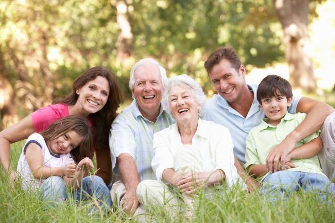 familia-reunida-e-feliz