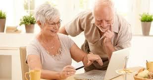 2 idosos na internet