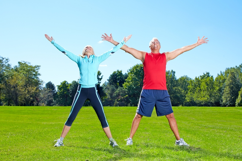 bigstock_Senior_healthy_fitness_couple__