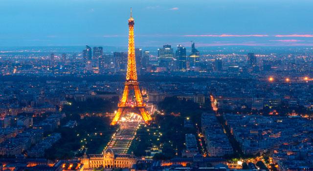 tag top 7 paris-tour-eiffel-at-night