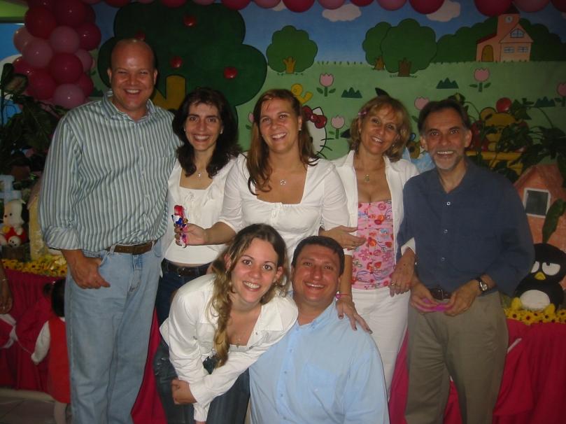 Niver Lari Familia Parabéns 2004 Tios. 4